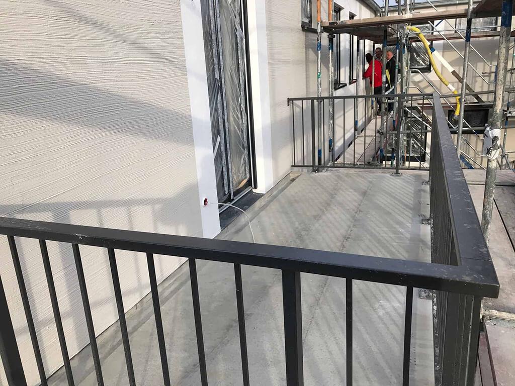 Balkon einer Wohnung im Refugium Heiderose